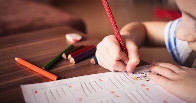 DIY Study Table for Kids